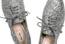 Le shoes & Le hats / by Mimi Lumière Stellaire
