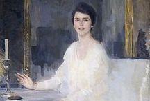 ART (White dress)