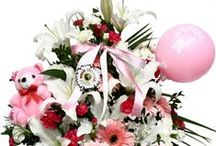 Flowers with Toys / Flowers define love. Love for Mother, Father, Spouse, Sister or anyone close to your heart. Undoubtedly flowers are the most appropriate thing to offer if you want to show your love and concern for anyone.