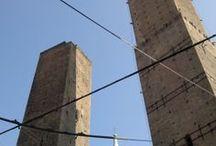 Bologna la Grassa e la Dotta / Immagini del centro di Bologna e immagini di vita in un giorno di primavera