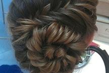 Hair Ideas / by Baylea Bartlett
