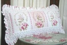 Pillows, quilts, rugs / by Freya (NO PIN LIMITS)