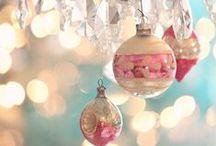 Christmas ornaments / Beautiful christmas ornaments lots of Vintage / by Freya (NO PIN LIMITS)