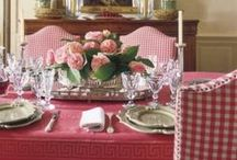 Dining room / Dining rooms/nooks, and breakfast nooks / by Freya (NO PIN LIMITS)