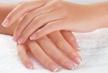 """Manos hermosas / beauty hands / *!qué importantes que son en nuestra vida!, representan el """"hacer"""", son herramientas de acción: sus movimientos atraen hacia nosotros lo que queremos, piensa en todas las tareas que realizamos con las manos, infinitas ¿verdad?, entonces merecen un cuidado especial y nuestra atención porque además de su función específica como parte de nuestro cuerpo, las manos hablan de nosotros."""