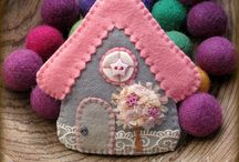 Craft: felt & fabric houses / *