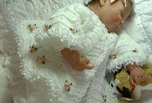 casaquinhos de bebes  meninas / Quando,nasce a poesia, nasce a vida...