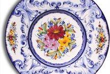 pratos de ceramica / Saudades do tempo, dos velhos momentos, dos anos passados, que se foram com o vento...