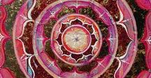 Mandala Design / Great mandala design ideas and mandala inspiration. All things mandalas.  The sacred circle.