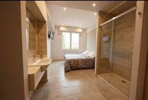 Habitaciones / 15 habitaciones con calefacción, tv y baño completo. 15 heated ensuite rooms,TV.