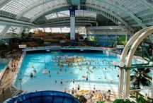 Best Indoor Water Parks / Picture tour of some of the top indoor water parks around.