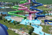Water Parks in the Midwest / A look at some of the best water parks in the Midwestern United States.
