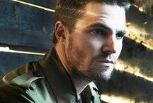 Stephen Amell / = Drake Bloodworth aka Dracula