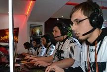 ParadoxGamer Point Blank esport team / ParadoxGamer point blank esport takımının turnuva heyecanı .ParadoxGamer progamer Ürunleri ve Malzemelerinin en büyük Sanal mağazası,oyun kolları,gamermouse,oyuncu klavyesi,oyun konsolu,gamer mousepad.