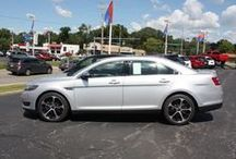 Ford Taurus / The Iconic Ford Taurus
