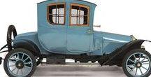 Classic 1909 Vehicles