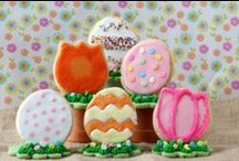 Easter Egg Decorating Party Ideas / Some eggs, PAAS Decorating Kits, friends, and decor is all you need to host the year's best egg dyeing get-together!