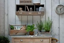 Rustic garden accessories / It's all about the country rustic feel and we love these fab garden accessories