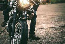 R / バイク ライダー