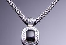 Necklaces & Pendants / Silver, Gold, & Platinum Necklaces and Pendants