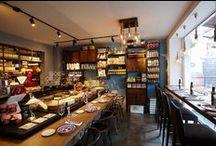 """GALLO NERO ALIMENTARI / """"Cucinare per passione"""" questo è il motto de """"Il Gallo Nero"""". Un ristorante ed enoteca italiano situato nei pressi di Amburgo. L'eleganza e la raffinatezza del locale si uniscono alla cordialità e  gentilezza del personale. Vi faranno assaporare un'esperienza incredibile ai profumi della tipica  cucina italiana.  AMBURGO - GERMANY"""