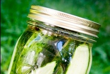 Pickles & Jars / Never made your own pickles? What are you waiting for?!