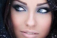 Make Up / .