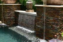 Outdoors Living Spaces // Natural Stone Veneer / Outdoor back yard patio design inspiration. Stacked Stone Snow White Tile, Gobi Format, Gobi ledgestone, Royal Black natural stone veneer wall panels.
