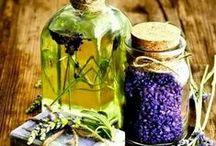 Aromatherapy, Essential Oils &Herbs / Aromatherapy, Essential Oils & Herbs