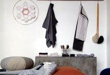 Kitub, interior and window display / The interior and window display in Kitub
