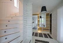 Eteisaula ja portaikko