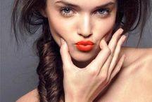 orange lips / golden eyes / fishtails /ombre