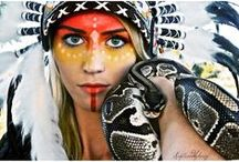 Make-Up Inspiration to pimp up your Indian headdress / Especially for a party or a huge event such as Halloween you need a statement make-up to give your Indian headdress the finishing points. Check out our fave pins and get inspired...