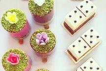 Notre Instagram / Suivez notre compte Instagram : actus sur la boutique, nos ateliers, des jeux concours, les dernières créations, nos meilleures inspirations en cake design !