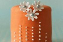 cake / by pam maclennan