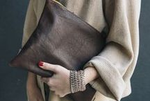 The clutch / I just love clutches, neat and powerful to add a flash of colour or a little sparkle of creativeness