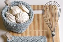 kitchen affairs / crocheted potholders and baskets for kitchen by bottheka