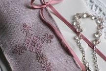prayer / little linen bags for rosary with cross stitch cross