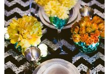 Table Tops / a mix a high and low centerpieces, plus other ideas to set a table