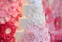 Cakes:) / by Maria Eugenia Saenz