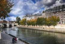 The Seine River in Paris / Snapshots of the romantic lifeblood of Paris :)