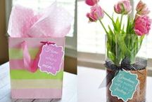 {Holidays} Mother's Day / Gifts, cards, crafts, and other ideas to celebrate mom!