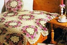 crochet bedspreads / http://crochet103.blogspot.com/search/label/Bedspread