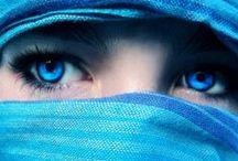 ★ Azul / A cor azul significa tranquilidade, serenidade e harmonia, mas também está associada à frieza, monotonia e depressão. Simboliza a água, o céu e o infinito.