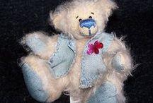 still in love with... teddybear