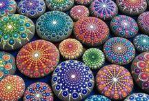 Mandalas Zentangles Rock painting