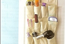 Organize using the backs of doors / One of my favourite ways to organize!  The back of a door is often wasted space, but here are some great ideas to help you maximize that space to keep you organized.