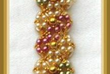CRAFTS: Beadwork & jewellery making