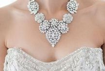 WEDDINGS: Jewels / Jewels suitable for weddings.