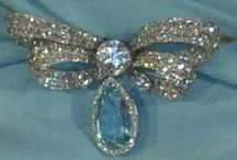 JEWELS: Hearts, Flowers & Bows / Bows, flowers and heart jewellery